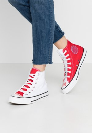 CHUCK TAYLOR ALL STAR - Korkeavartiset tennarit - white/university red/black