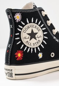 Converse - CHUCK TAYLOR ALL STAR - High-top trainers - black/natural ivory - 2