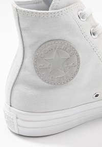 Converse - CHUCK TAYLOR ALL STAR PATCH - Høye joggesko - photon dust/silver/white - 2