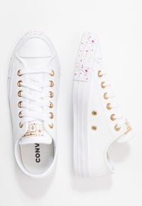 Converse - CHUCK TAYLOR ALL STAR SPECKLED - Tenisky - white/gold/rose maroon - 3