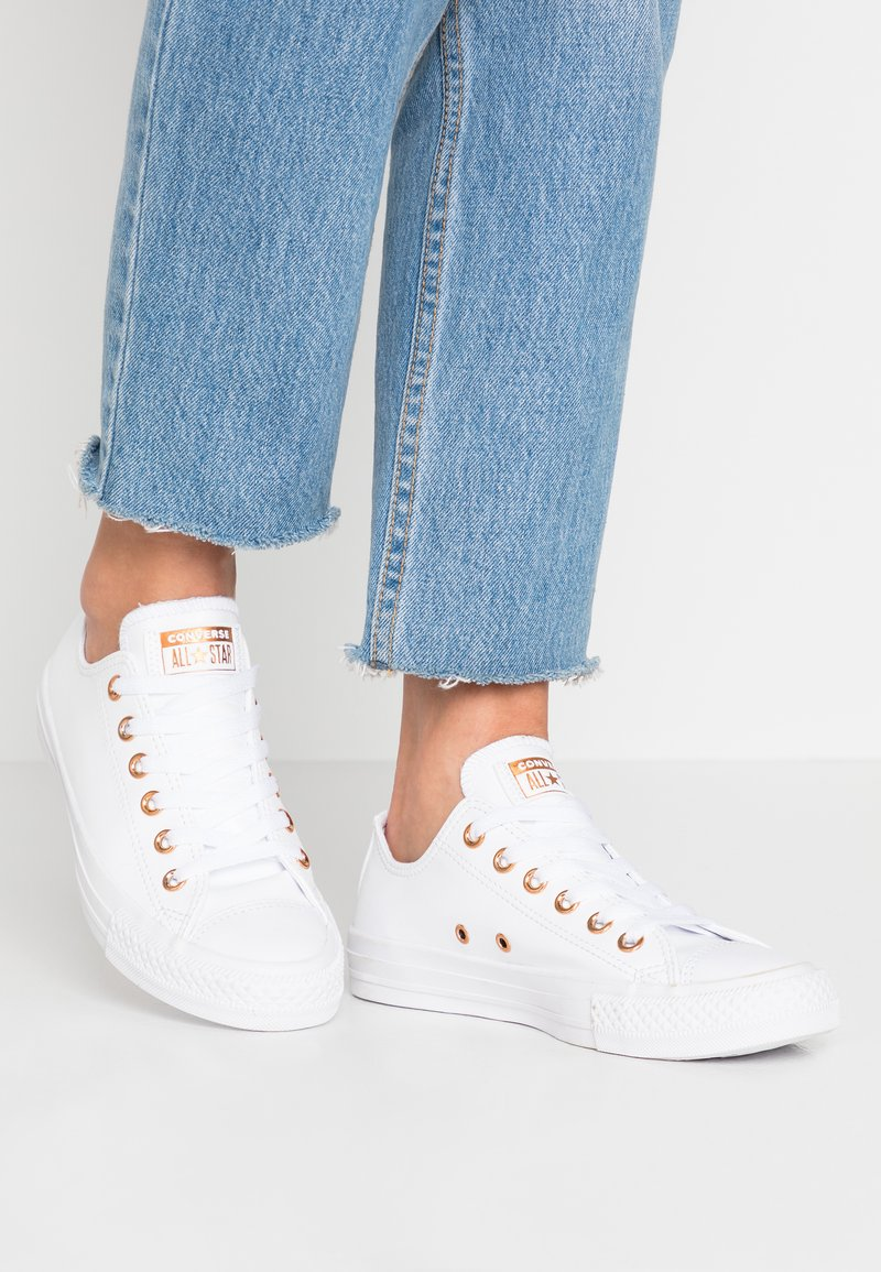 Converse - CHUCK TAYLOR ALL STAR - Trainers - white