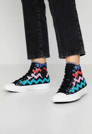 CHUCK TAYLOR ALL STAR  - Sneakersy wysokie - black/university red/peony pink
