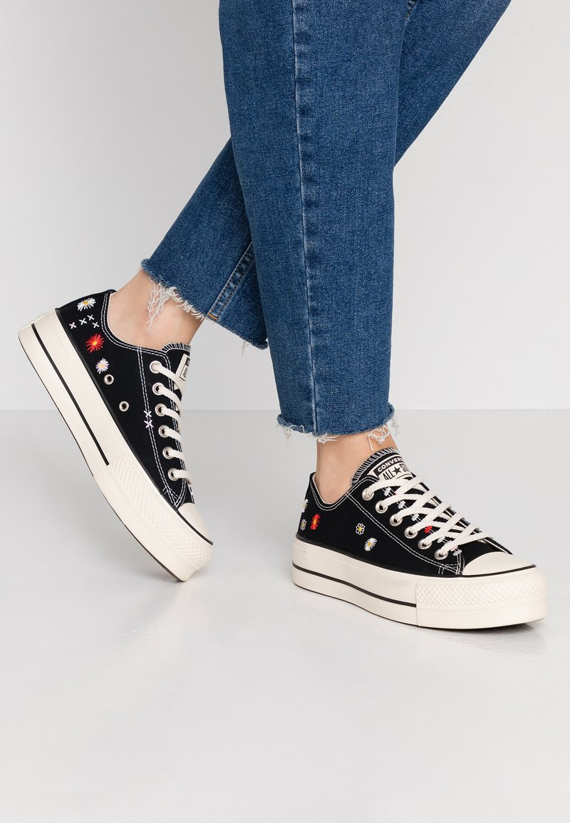 Converse - CHUCK TAYLOR ALL STAR LIFT - Trainers - black/natural ivory