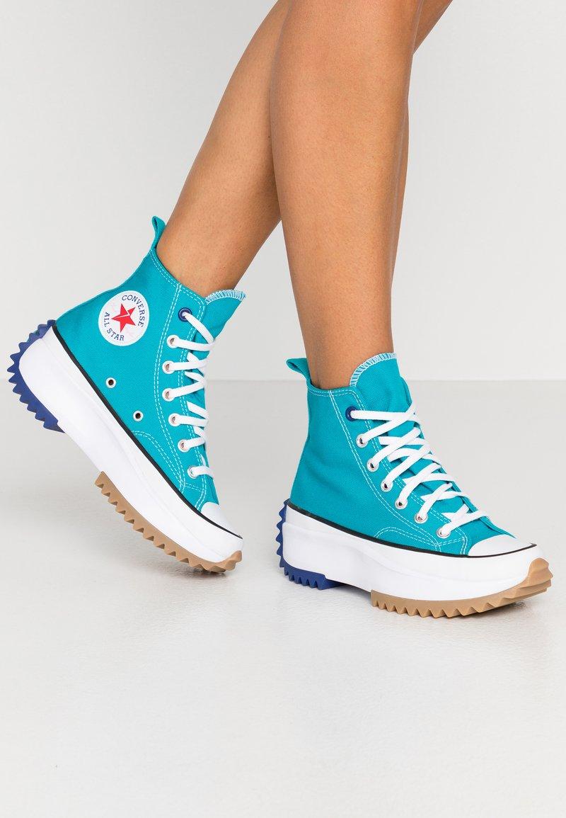 Converse - RUN STAR HIKE - Høye joggesko - rapid teal/rush blue/white