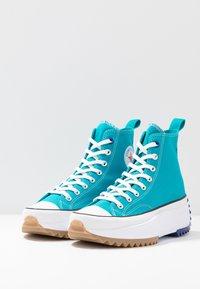 Converse - RUN STAR HIKE - Høye joggesko - rapid teal/rush blue/white - 4