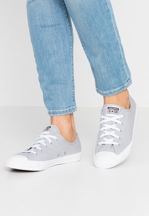 CHUCK TAYLOR ALL STAR DAINTY SEASONAL - Sneakers - wolf grey/white