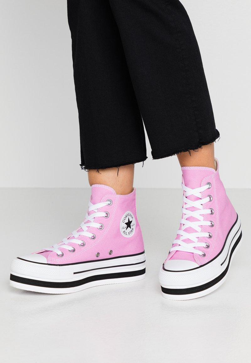 Converse - CHUCK TAYLOR ALL STAR LAYER BOTTOM - Høye joggesko - peony pink/white/black