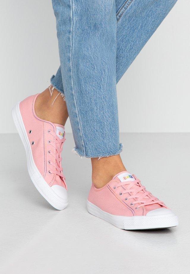 CTAS DAINTY - Joggesko - coastal pink/yellow/white