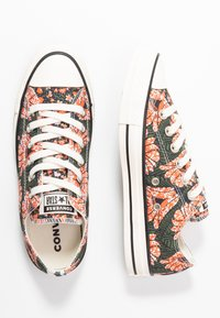 Converse - CHUCK TAYLOR ALL STAR - Sneakers laag - egret/multicolor/black - 3