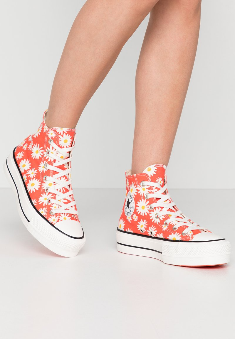 Converse - CHUCK TAYLOR ALL STAR LIFT - Høye joggesko - red/white/yellow