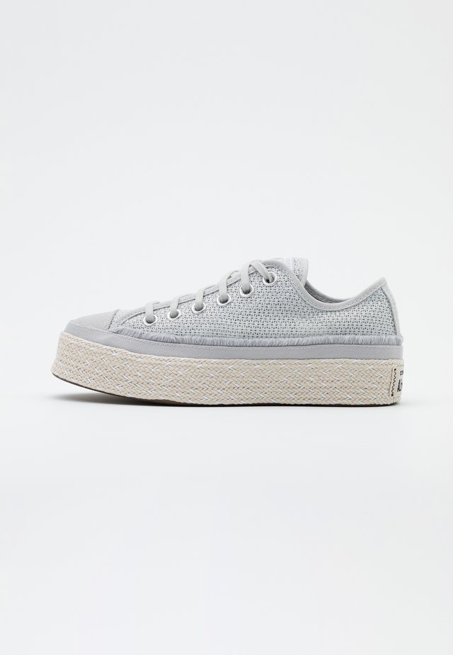 CHUCK TAYLOR ALL STAR - Loafers - mouse/white/natural