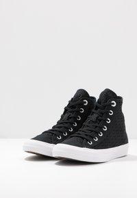 Converse - CHUCK TAYLOR ALL STAR - Zapatillas altas - black/white - 4