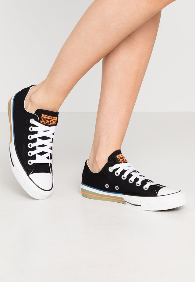 CHUCK TAYLOR ALL STAR - Zapatillas - black/total orange/street sage