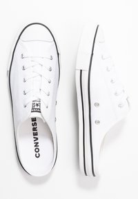 Converse - CHUCK TAYLOR ALL STAR DAINTY MULE - Tenisky - white/black - 3
