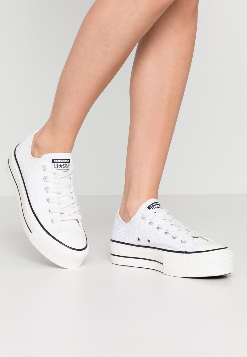 Converse - CUCK TAYLOR ALL STAR LIFT - Matalavartiset tennarit - white/black