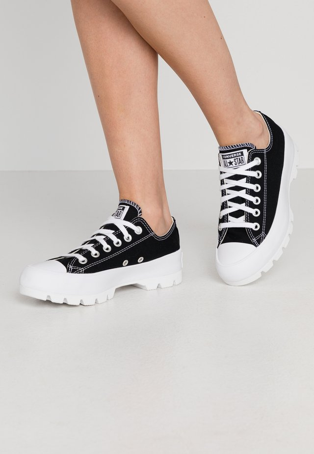 TAYLOR ALL STAR LUGGED - Sneakers laag - black/white