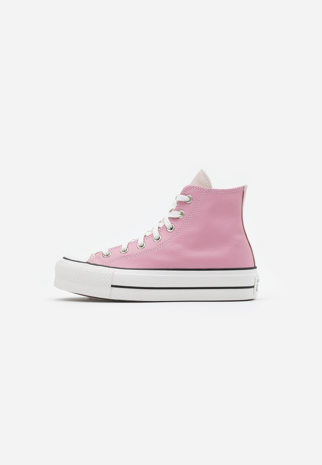 CHUCK TAYLOR ALL STAR LIFT - Sneakersy wysokie - salt pink/lotus pink/white
