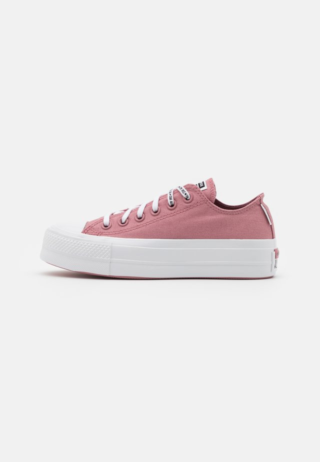CHUCK TAYLOR ALL STAR LIFT - Baskets basses - dusty rose/white/black