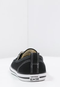 Converse - CHUCK TAYLOR ALL STAR BALLET LACE - Trainers - noir / blanc - 4