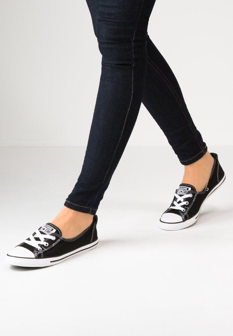 Converse - CHUCK TAYLOR ALL STAR BALLET LACE - Joggesko - noir / blanc