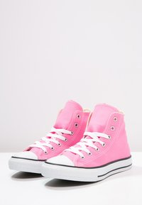 Converse - CHUCK TAYLOR ALL STAR - High-top trainers - pink - 2
