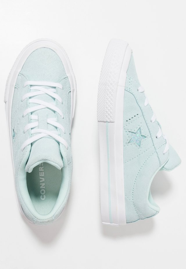 ONE STAR - Trainers - teal tint/white