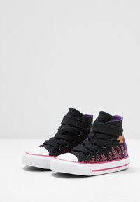 Converse - CHUCK TAYLOR ALL STAR FROZEN - High-top trainers - black/cherries jubilee/white - 2