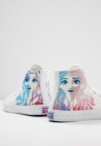 Converse - CHUCK TAYLOR ALL STAR FROZEN - Sneaker high - white/multicolor - 5