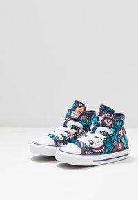 Converse - CHUCK TAYLOR ALL STAR MERMAID - Zapatillas altas - navy/rapid teal/white - 3