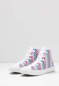 Converse - CHUCK TAYLOR ALL STAR - Sneakers alte - white/university red/rush blue - 3