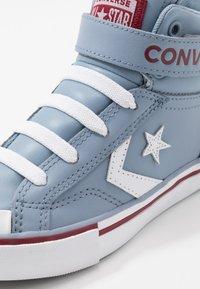 Converse - PRO BLAZE STRAP VARSITY - Zapatillas altas - blue slate/team red/white - 2
