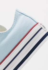 Converse - CHUCK TAYLOR ALL STAR PLATFORM EVA - Sneakers - agate blue/white/midnight navy