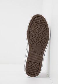 Converse - CHUCK TAYLOR ALL STAR - Sneakers basse - white/garnet - 5