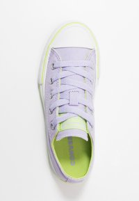 Converse - CHUCK TAYLOR ALL STAR - Sneakers laag - moonstone violet/lemongrass - 1