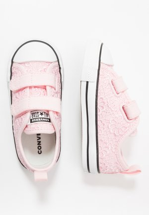 CHUCK TAYLOR ALL STAR 2V - Sneakersy niskie - arctic pink/white/black