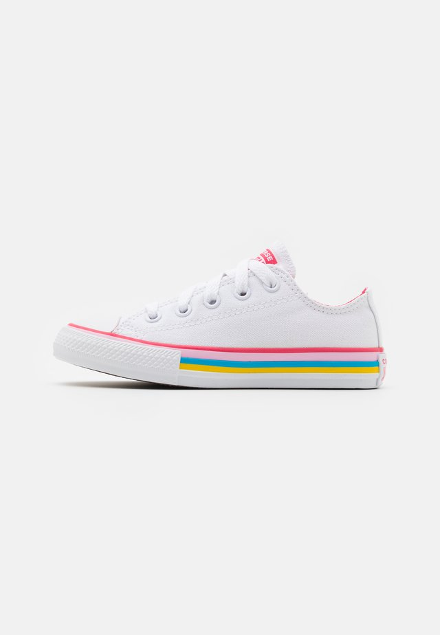 CHUCK TAYLOR ALL STAR - Sneakers basse - white/carmine pink