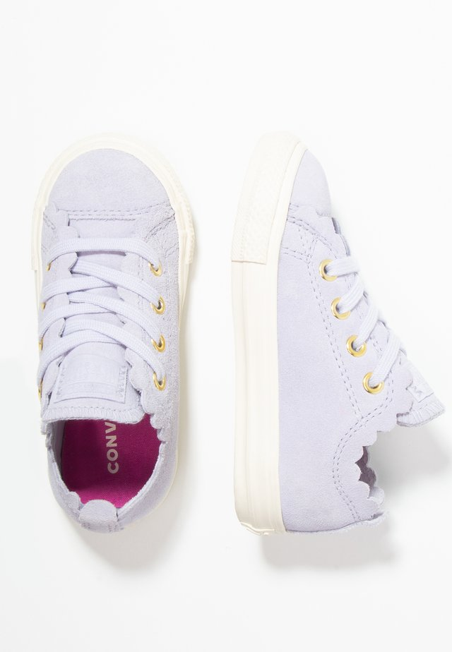 CHUCK TAYLOR ALL STAR - Baby shoes - oxygen purple
