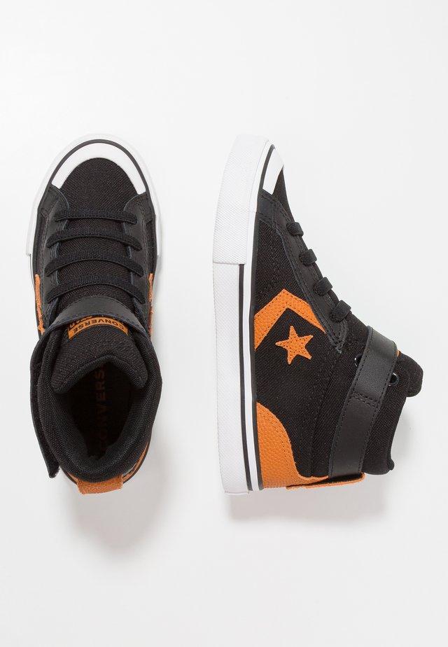 PRO BLAZE STRAP - Zapatillas altas - black/monarch/white