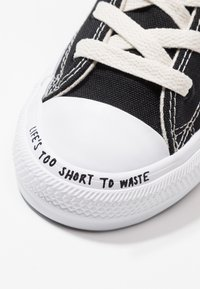 Converse - CHUCK TAYLOR ALL STAR RENEW - High-top trainers - black/natural/white - 2
