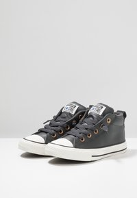 Converse - CHUCK TAYLOR ALL STAR STREET MID - Sneakers alte - almost black/blue/black - 2