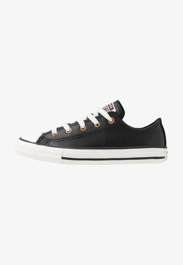 CHUCK TAYLOR ALL STAR MISSION WARMTH - Joggesko - black/jasper red/vintage white