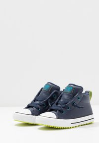 Converse - CHUCK TAYLOR ALL STAR STREET WARMTH - Sneakers high - obsidian/green abyss/bold lime - 3