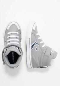 Converse - PRO BLAZE STRAP EMBROIDERED - Zapatillas altas - dolphin/navy/white - 0