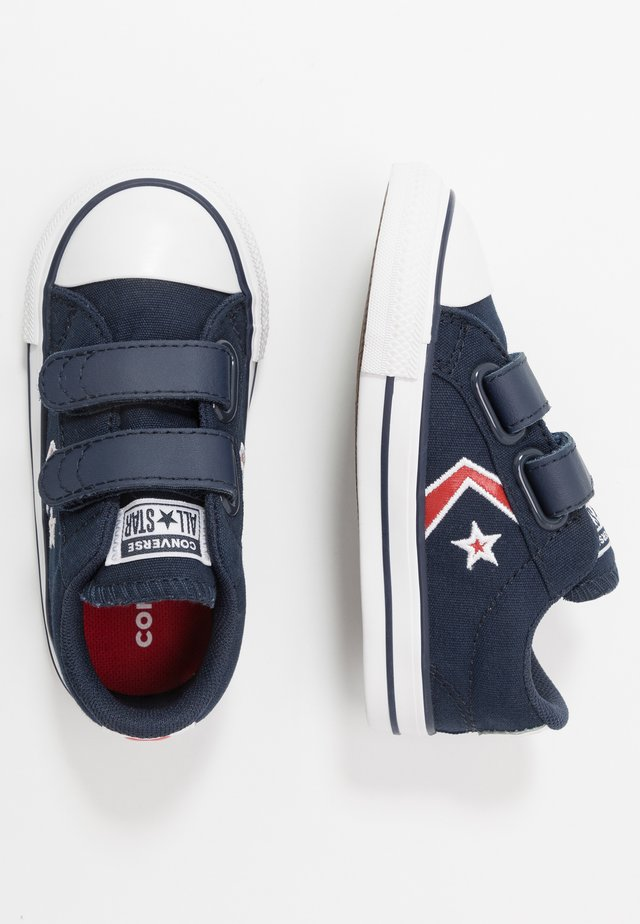 STAR PLAYER EMBROIDERED - Sneakers laag - obsidian/university red/white