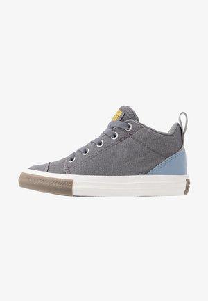 CHUCK TAYLOR ALL STAR OLLIE TRANSLUCENT MID - Sneakers alte - mason/blue slate/amarillo