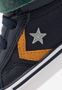 Converse - PRO BLAZE STRAP - Sneaker high - obsidian/midnight clover/saffron yellow - 2