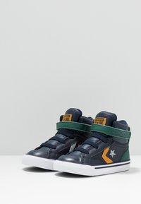 Converse - PRO BLAZE STRAP - Sneaker high - obsidian/midnight clover/saffron yellow - 3