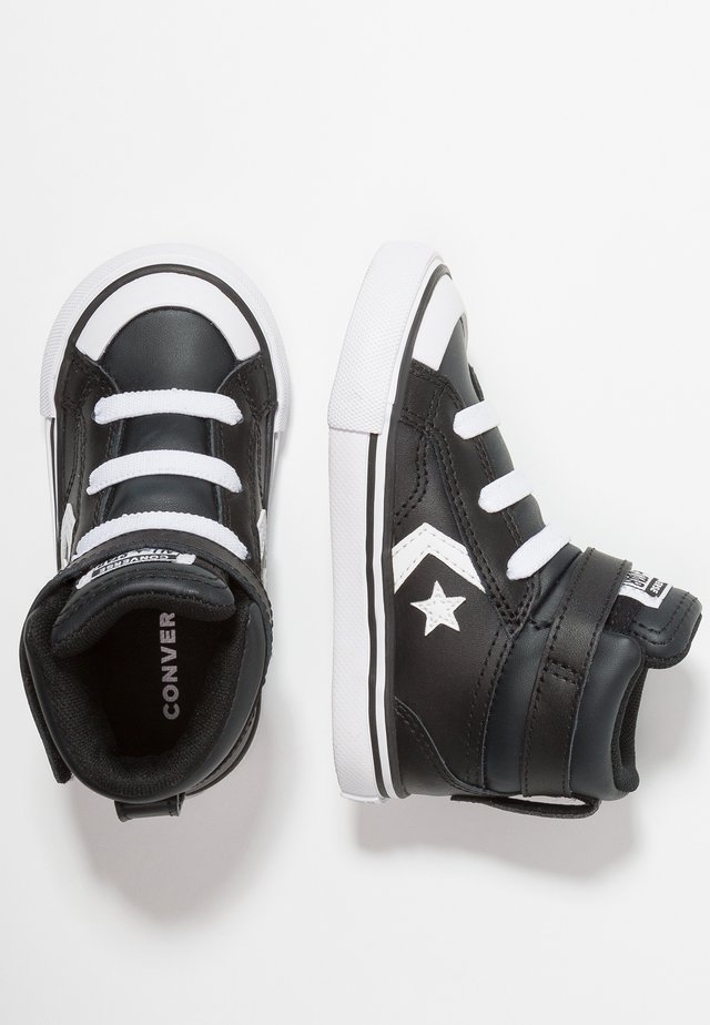 PRO BLAZE STRAP - Zapatos de bebé - black/white