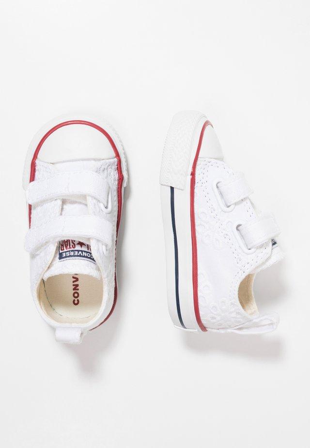 CHUCK TAYLOR ALL STAR - Sneakers laag - white/garnet/midnight navy