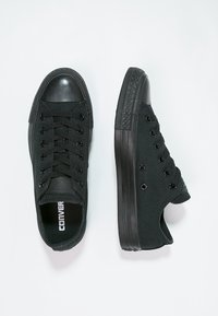 Converse - CHUCK TAYLOR ALL STAR OX - Sneakers - black - 1